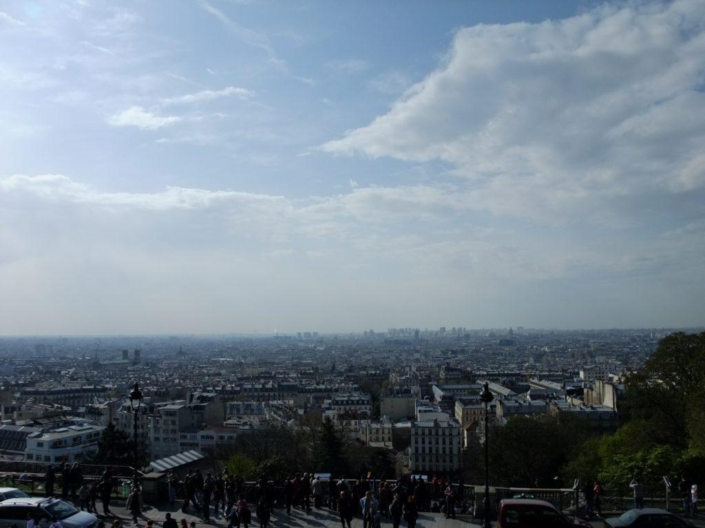 サクレクール聖堂前からパリ市内を望む