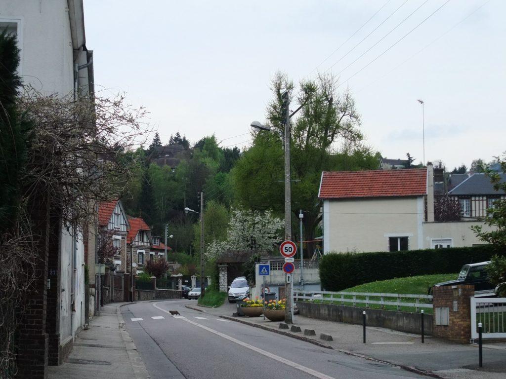 ルーアン郊外の街並み