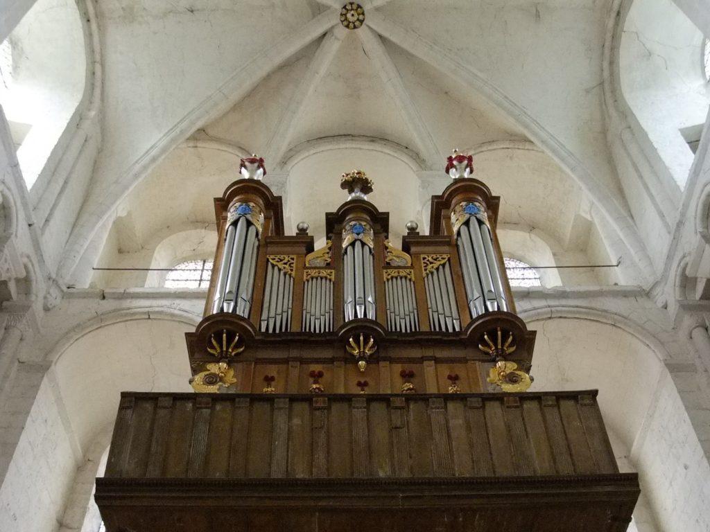 サン・ジョルジュ・ド・ボシェルヴィル修道院 内部パイプオルガン