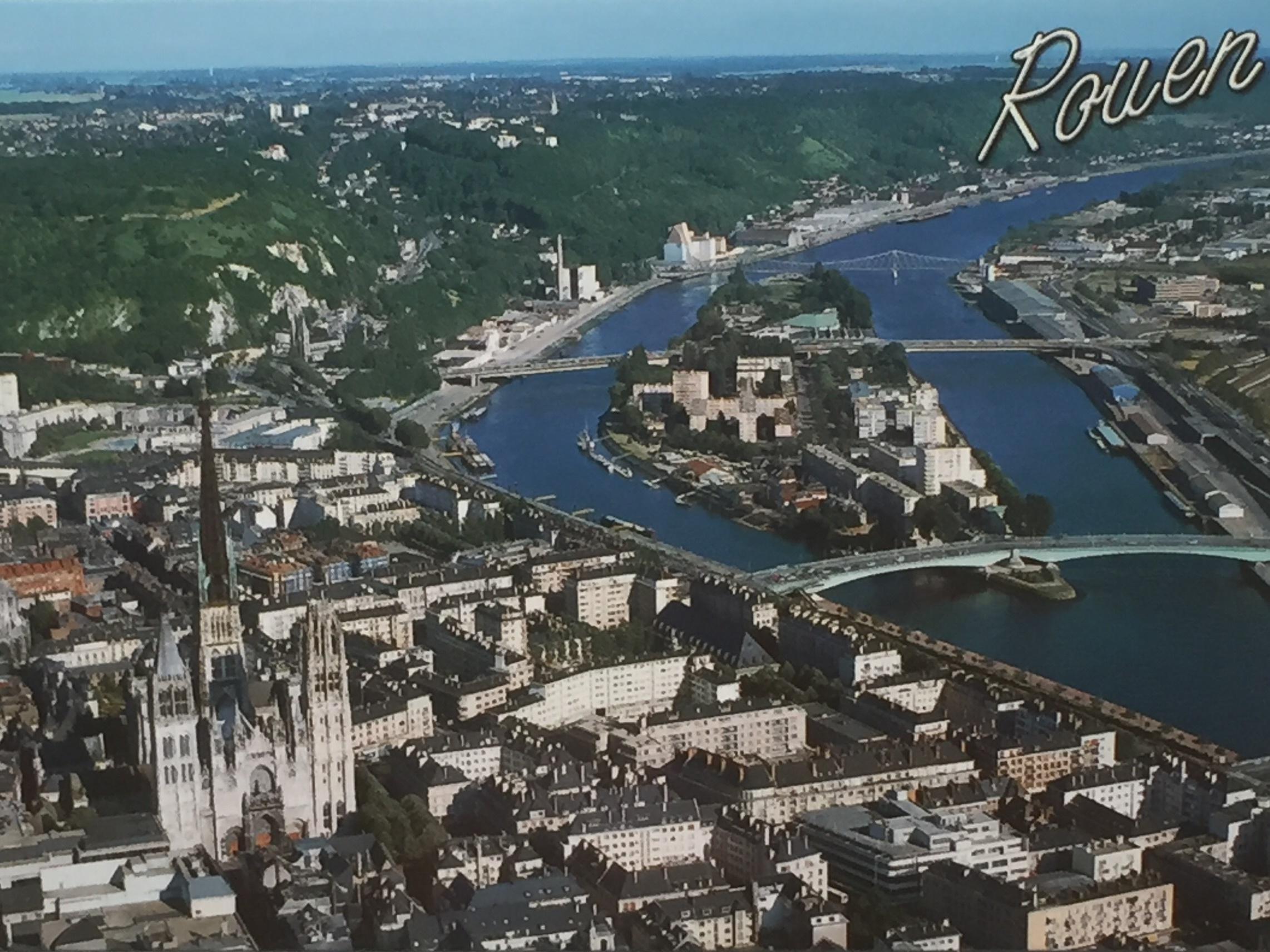 ルーアンノートルダム大聖堂とセーヌ川