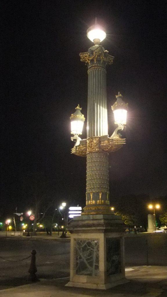 コンコルド広場の街灯